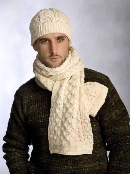 شال و کلاه مردانه دستباف شیری رنگ