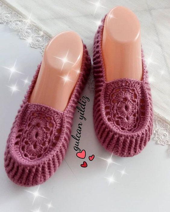 کفش بافتنی زنانه