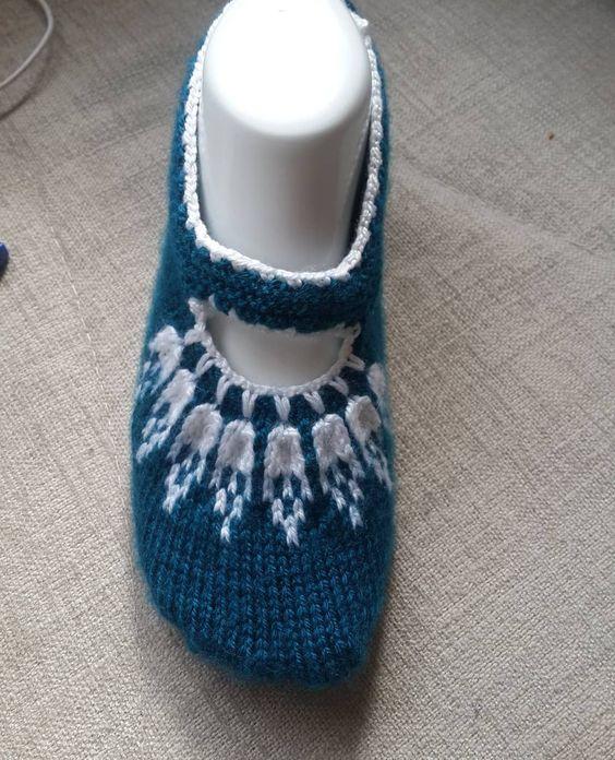 کفش روفرشی بافتنی زنانه دو رنگ