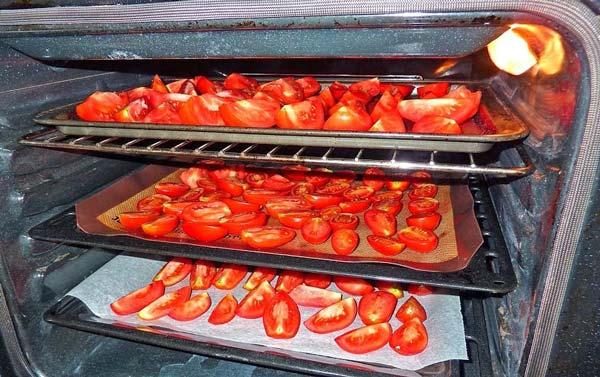 خشک کردن گوجه در فر
