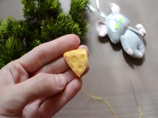 پنیر موش نمدی