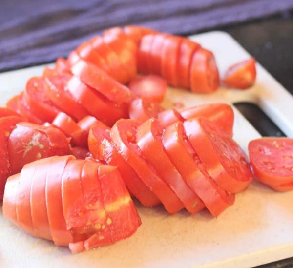 حلقه کردن گوجه فرنگی