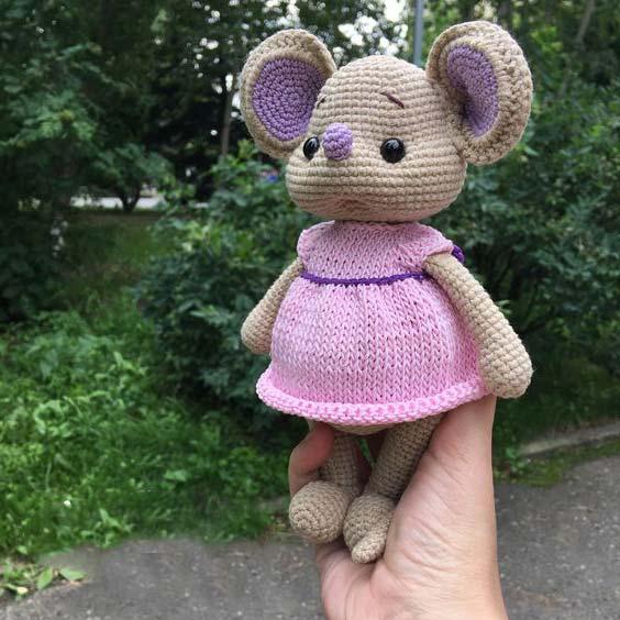 عروسک موش دختر با لباس صورتی