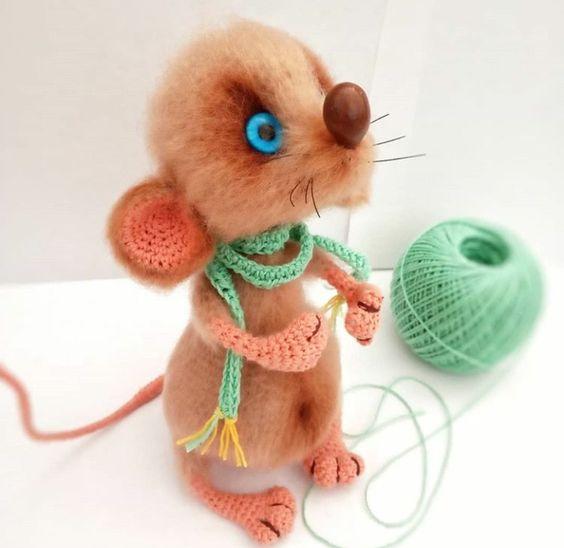 مدل عروسک موش بافتنی قلاب بافی