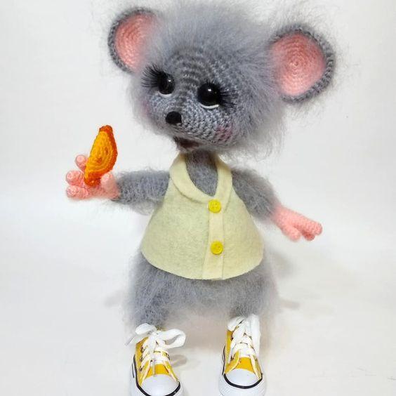 عروسک موش پشمالو