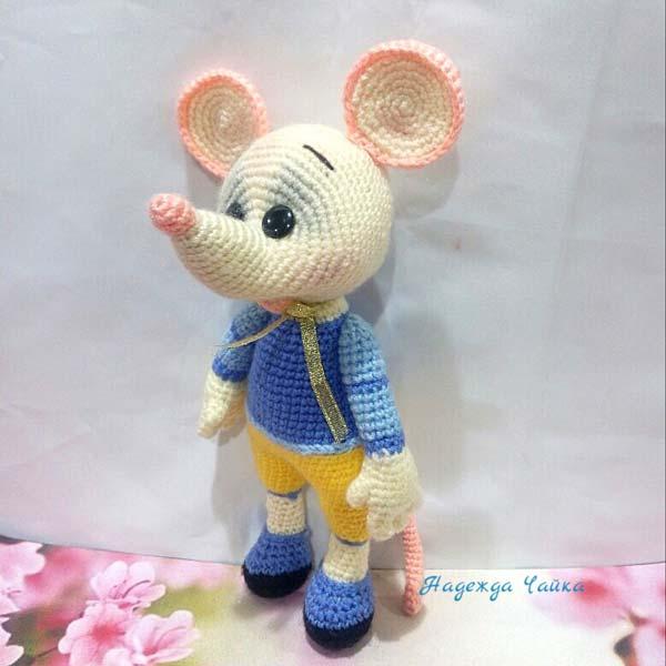 عروسک موش قلاب بافی