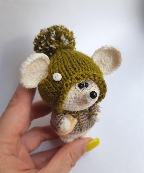 عروسک موش سرمایی