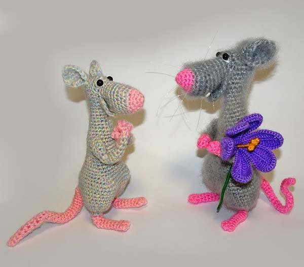 عروسک موش عاشق