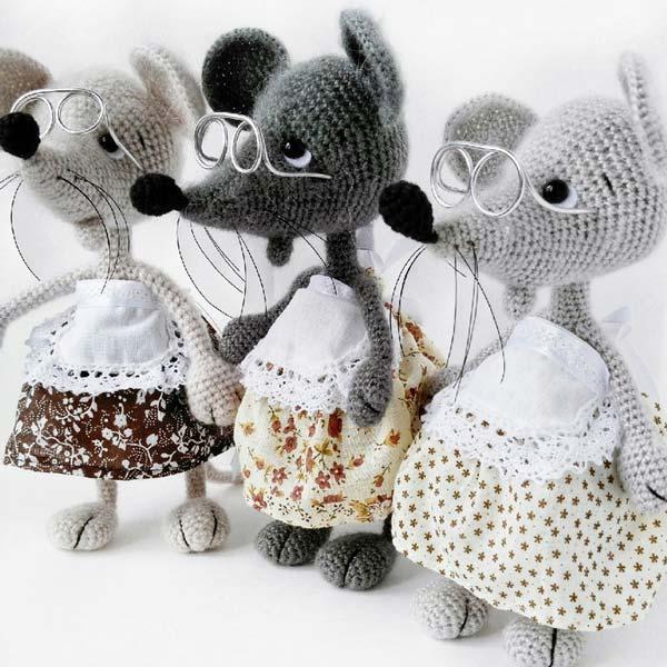 عروسک موش مادربزرگ