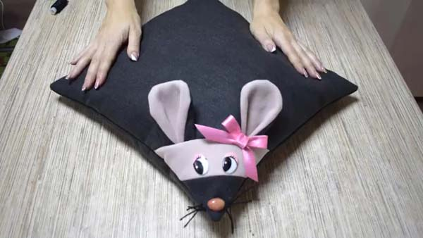 آموزش دوخت کوسن موش