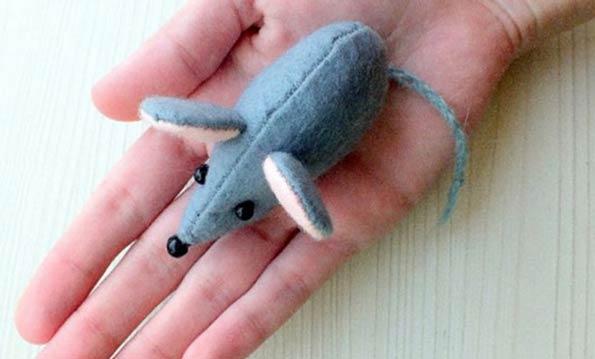 آموزش دوخت عروسک موش