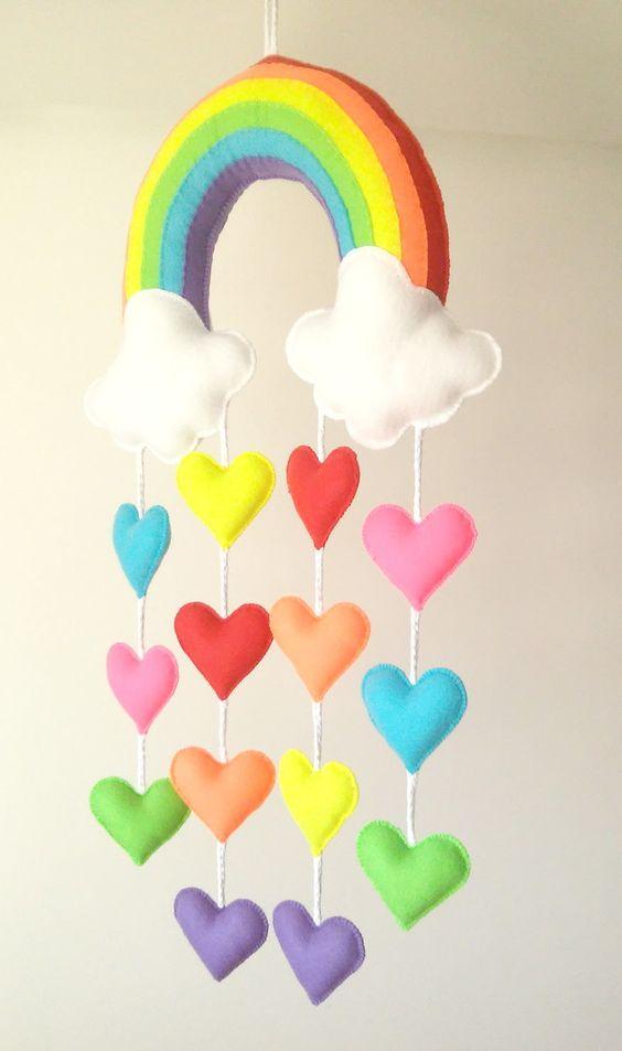 آویز نمدی ابر و قلب رنگی و رنگین کمان