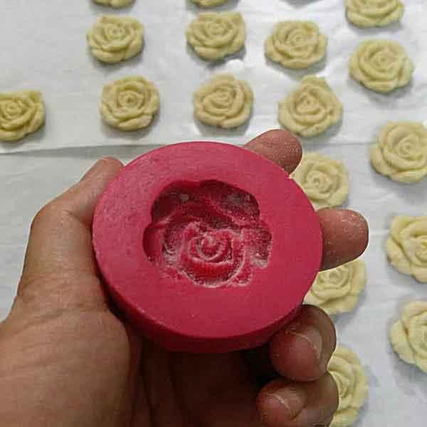 قالب شیرینی برنجی گل رز