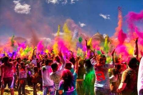 جشنواره رنگ هند