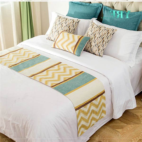 ست کوسن و شال تخت