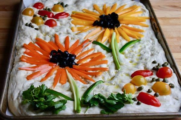 تزیین نان فوکاسیا
