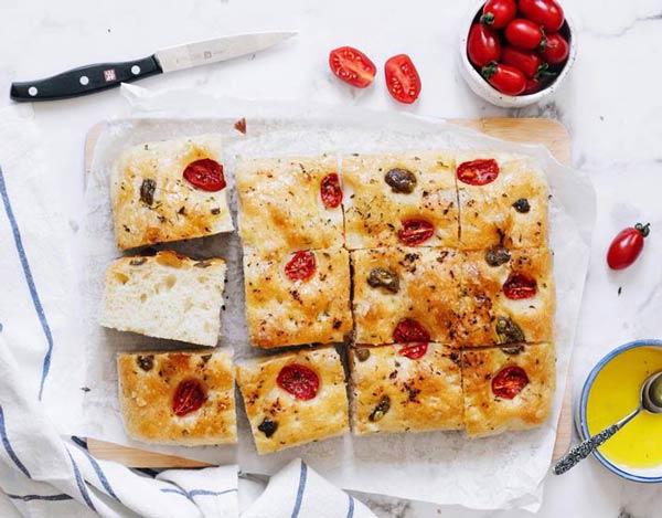 نان فوکاچیا focaccia bread
