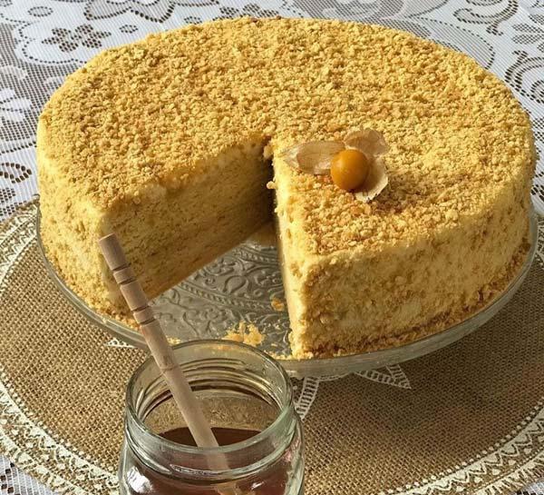 کیک روسی عسلی