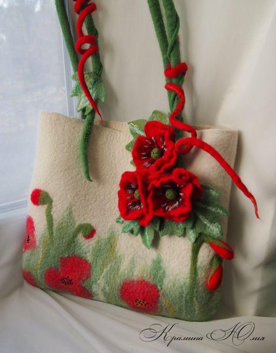تزیین کیف با گل نمدی کچه کاری
