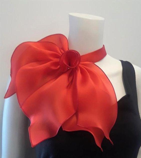 شال گردن مجلسی حریر قرمز