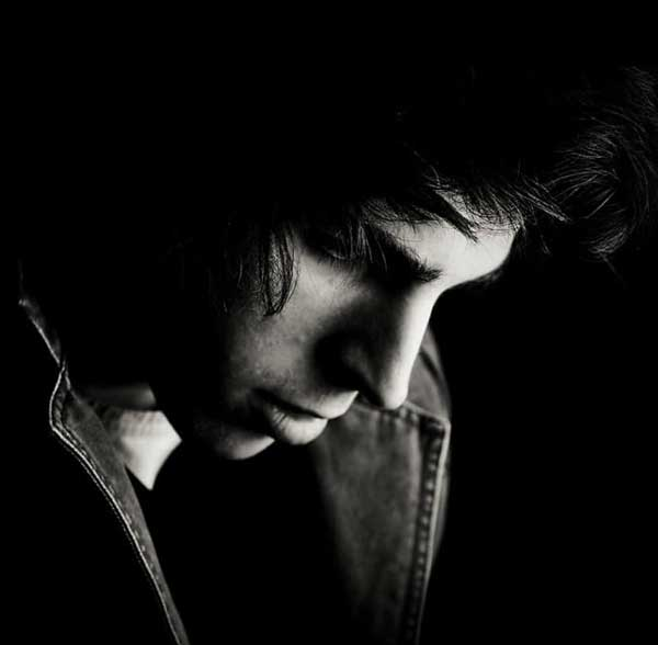 عکس سیاه سفید پسرانه