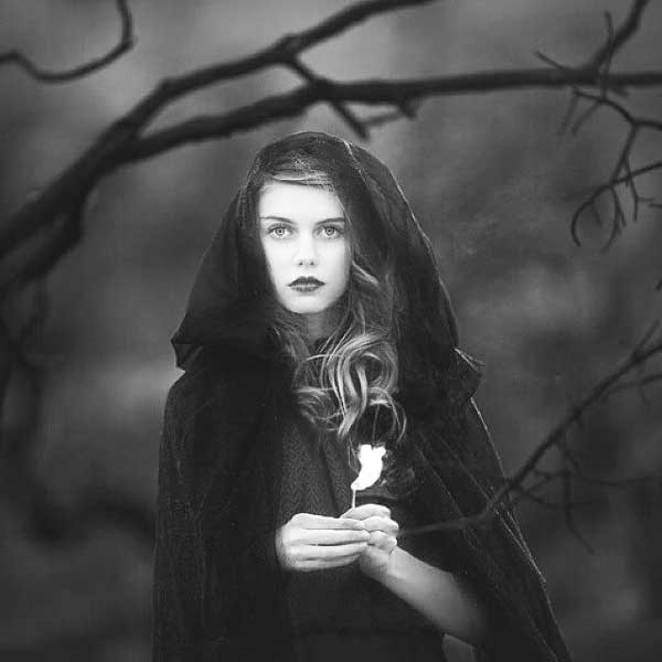 عکس پروفایل سیاه سفید دخترانه