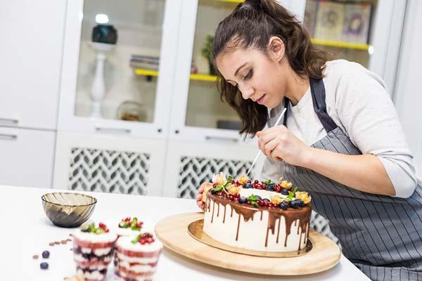 مشاغل خانگی پردرآمد کیک پزی