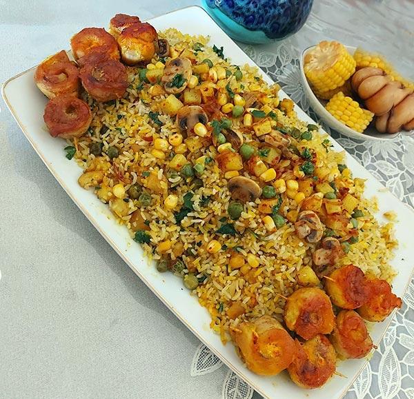 پلو سبزیجات با مرغ حلزونی