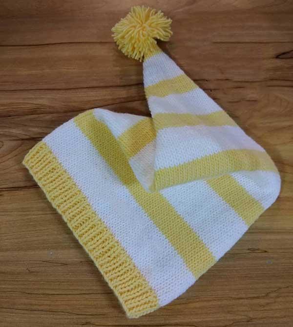 کلاه شیپوری میل بافی زرد و سفید