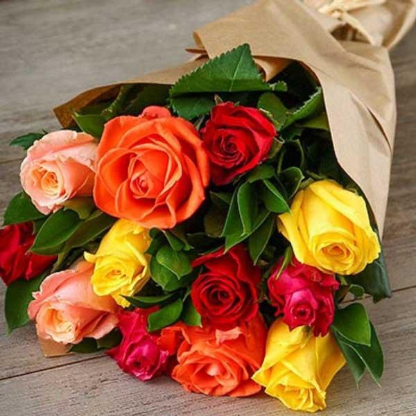 دسته گل رز زیبا