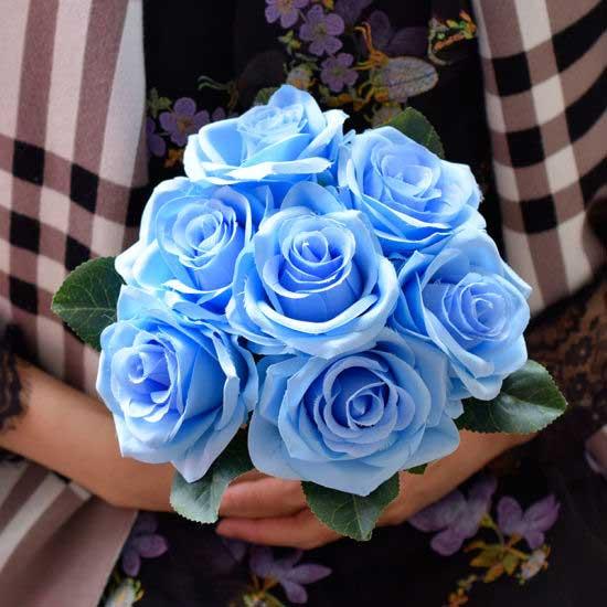 عکس پروفایل دسته گل آبی روشن