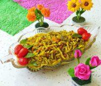 طرز تهیه ترشی خیار چنبر رنده شده